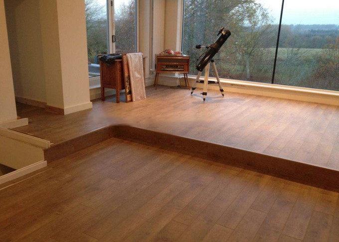 客厅地板装修颜色搭配技巧,地板和木门搭配攻略插图
